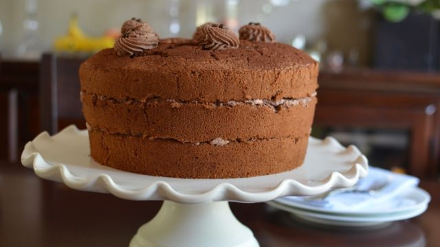 Chocolate Chiffon Cake with Cocoa Cream Filling