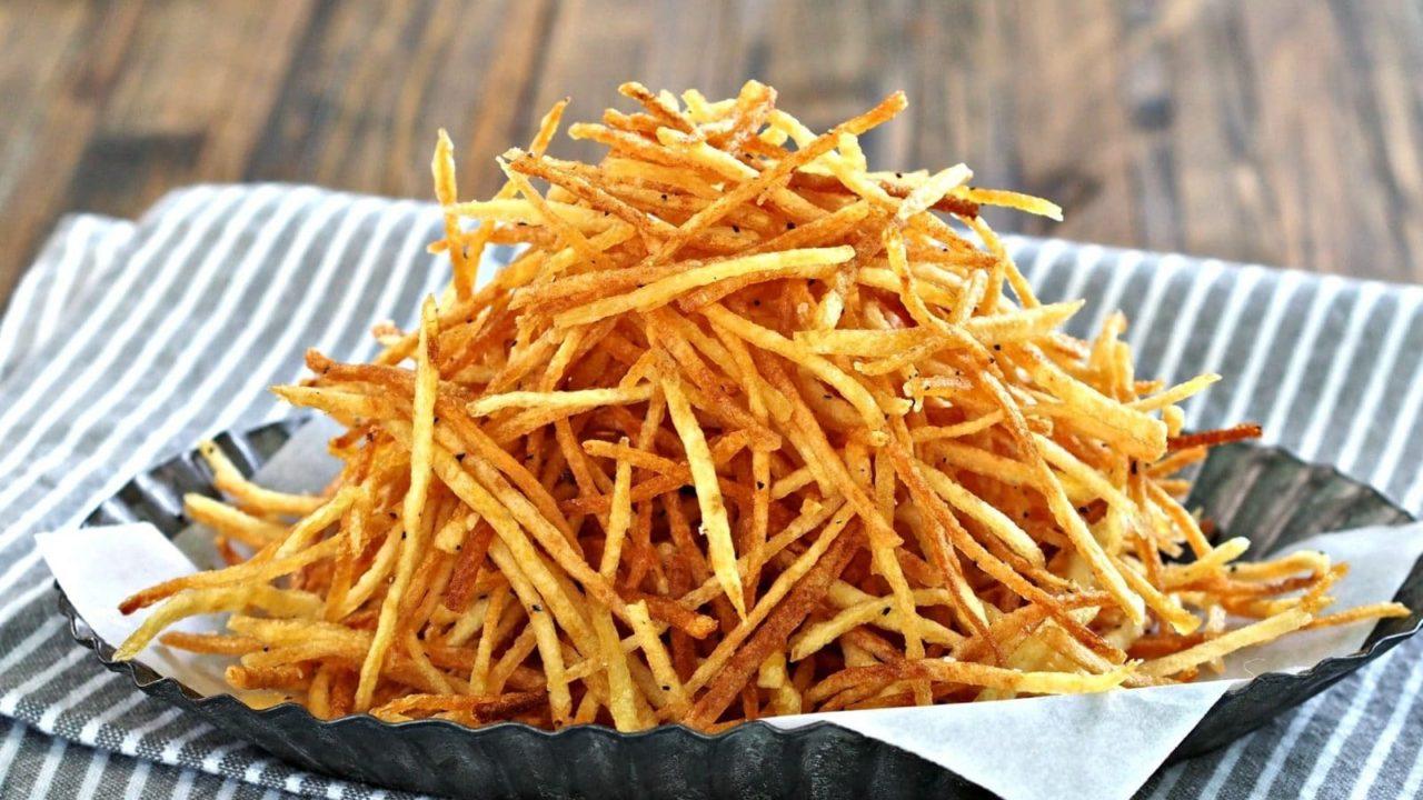 Crispy Crunchy Shoestring Potatoes Totallychefs