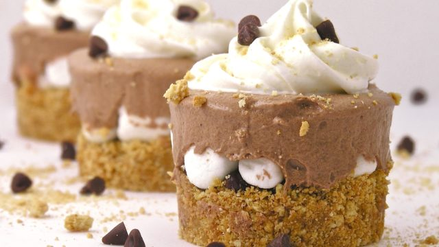 Frosty S'more Cups