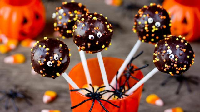 Halloween No-Bake Cake Pop