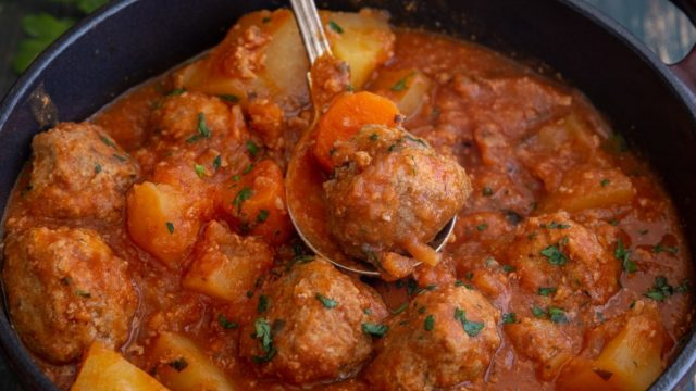 Hearty Italian Meatball Stew