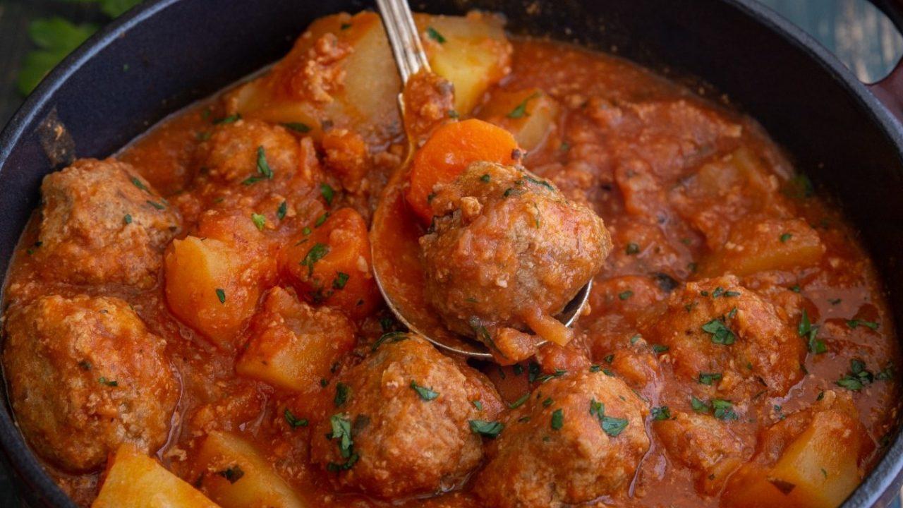 Hearty Italian Meatball Stew