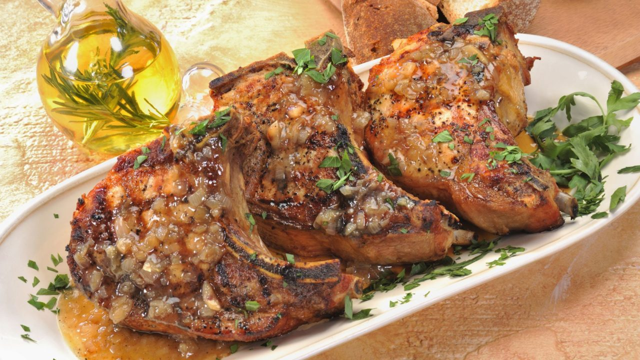 Pork Chops Baked with Wine