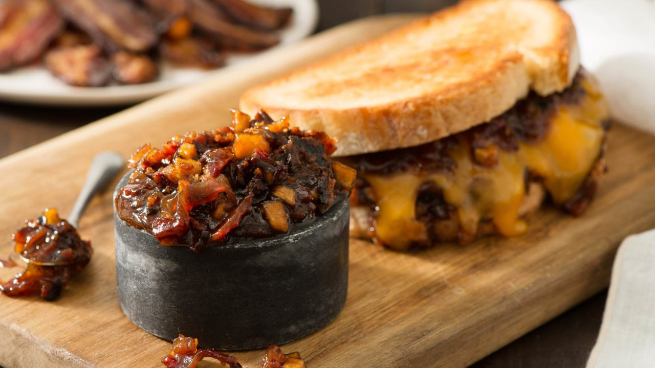 Smoked Cheddar Grilled Cheese with Bacon Jam