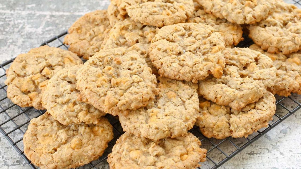 Soft and Chewy Oatmeal Butterscotch Cookies