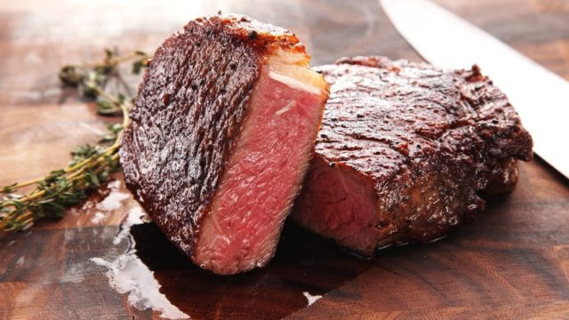 The Secret to a Juicy Steak is Letting it Rest